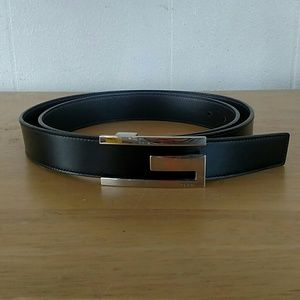 Gucci  Leather Silver Tone G Belt